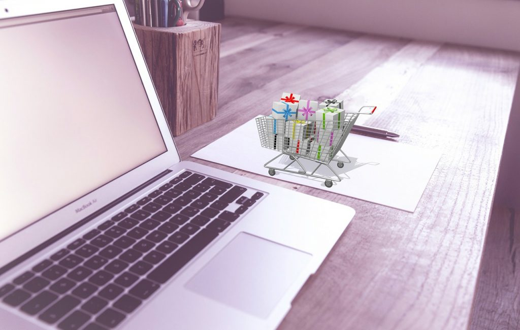 Should I Build An Ecommerce Site From Scratch